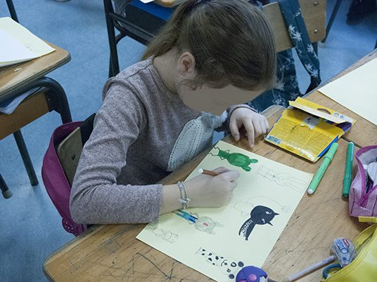 Photo intervention scolaire rencontre atelier dessin